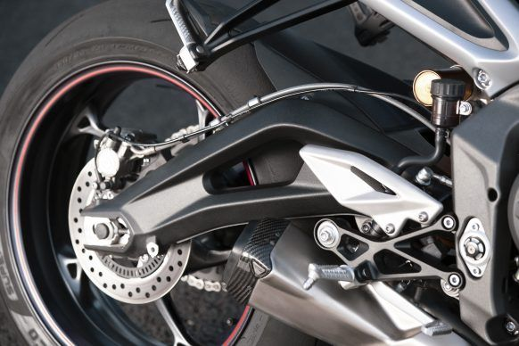 100619-2020-Triumph-Street-Triple-RS-Detail-16