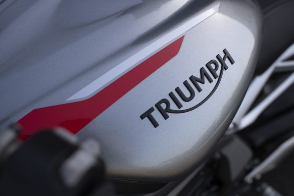100619-2020-Triumph-Street-Triple-RS-Detail-5