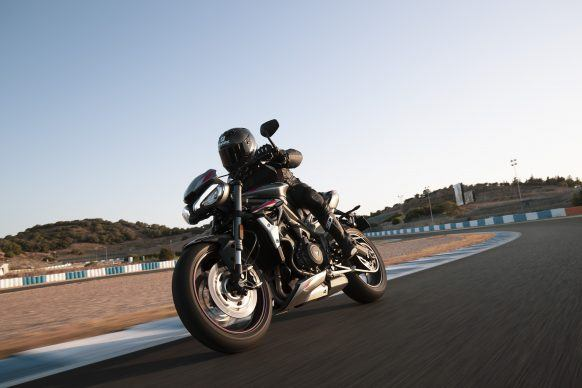 100619-2020-Triumph-Street-Triple-RS-Dynamic-5