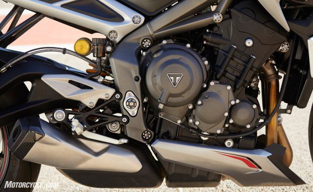 101119-2020-0Triumph-Street-Triple-765-RSNew Street RS-Launch Detail 016