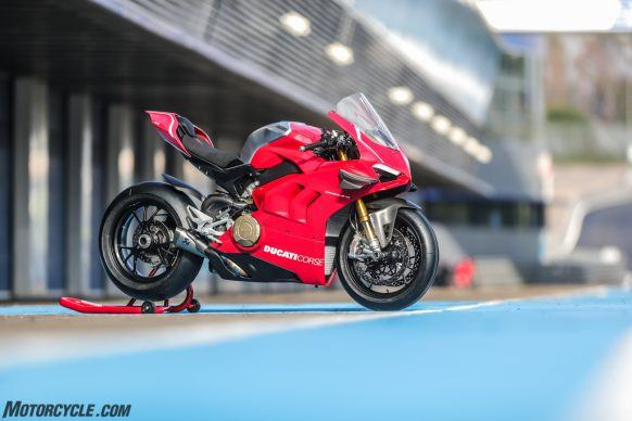 Panigale V4 R_UC73525_High