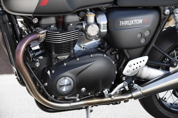 110419-2020-Triumph-Thurxton-RS-Thruxton-RS-Engine-LH