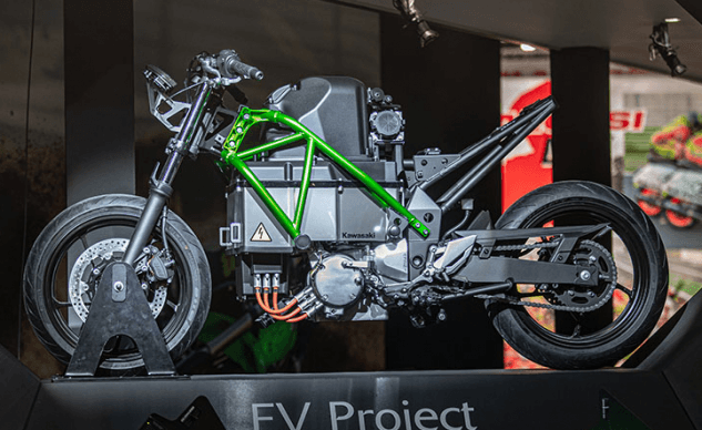 111219-kawasaki-electric-concept-comparison