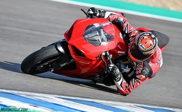 111819-2020-Ducati-Panigale-V2-review-f