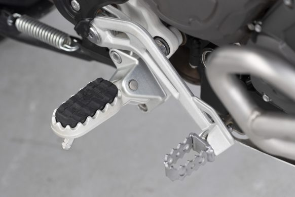 120319-2020-Triumph-Tiger-900-Rally-Pro-9952-detail-0745AB1