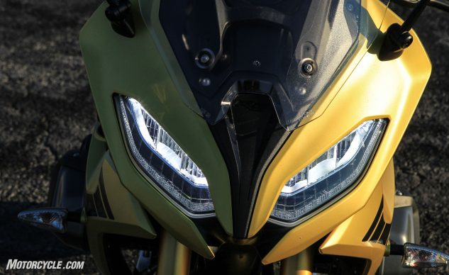 122619-2020-BMW-R1250RS-RS-detail-9