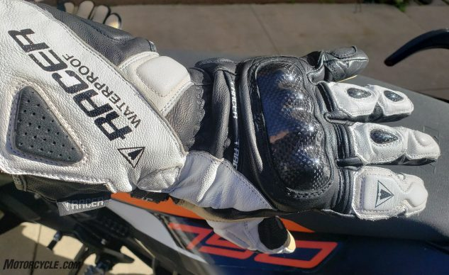 01062020-Racer-Multitop-II-Gloves-123632