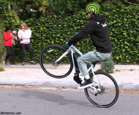 011520-yamaha-cross-core-ebike-wheelie