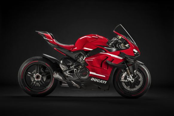 020620-02-2020-Ducati-Superleggera V4_UC145954_High