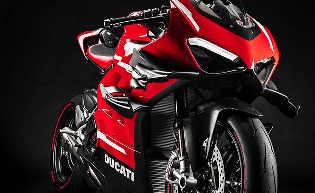 020620-05-2020-Ducati-Superleggera-v4-f