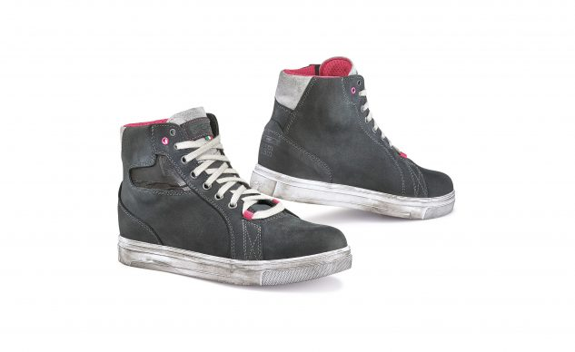 tcx_street_ace_wp_womens_shoes_dark_grey