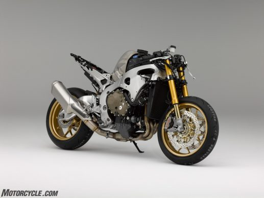 1142_[MY17] Honda CBR1000RR SP – NFQ_Agile chassis SP model shown