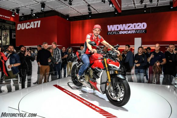 DUCATI_EICMA2019_04_UC104177_High
