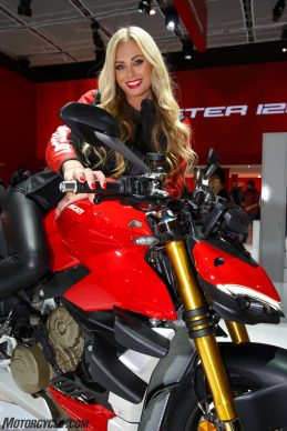 DUCATI_EICMA2019_2_UC104198_High