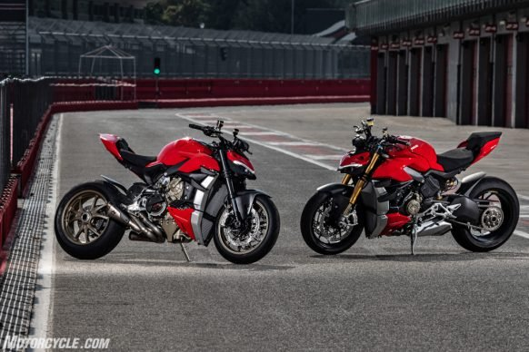 MY20_DUCATI_STREETFIGHTER V4 S_AMBIENCE_44_UC101679_High-2