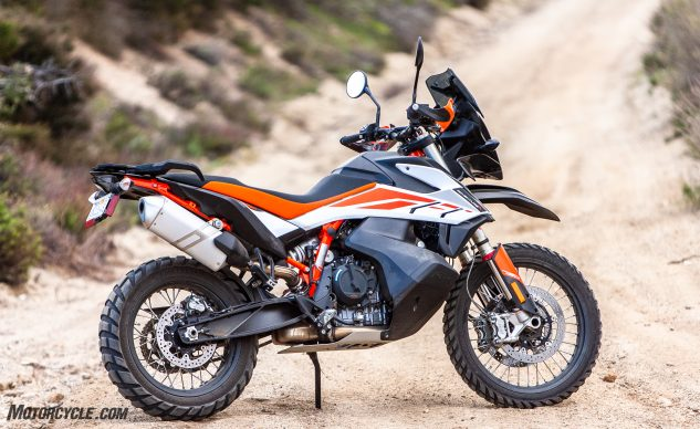 042940-Middleweight-Adventure-Shootout-KTM-790-Adventure-R-_EBB1286