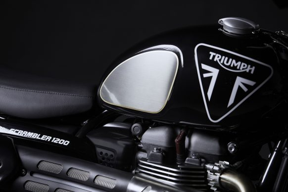 052520-2020-triumph-scrambler-1200-bond-edition-0443