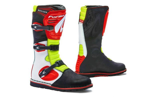 forma_boots_boulder_red_neon_white