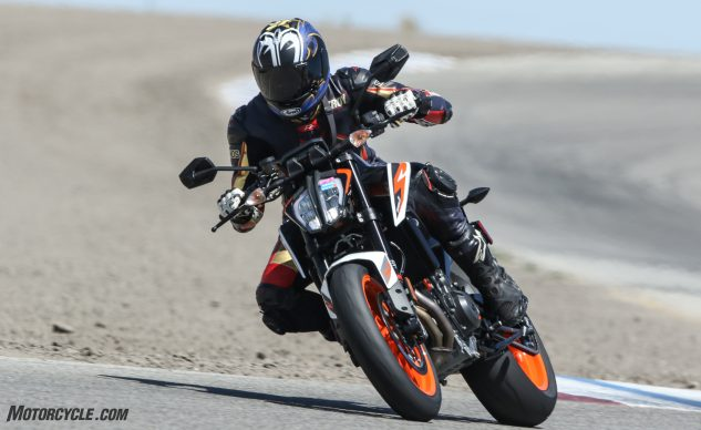 060320-2020-KTM-890-Duke-R-A Group-11am (Lost Hills)-BW3_3822_1106_May2420_CaliPhoto