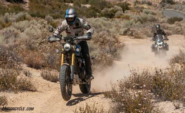 070220-V85-TT-VS-Scrambler-1200XE-Group_EBB4962