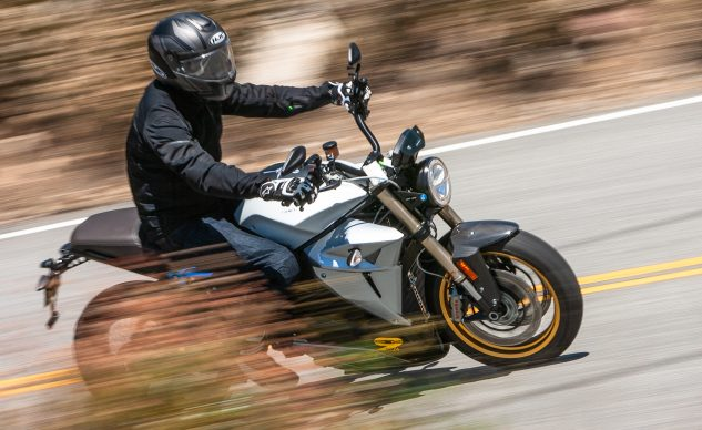 072320-Electric-Motorcycle-Myths-Energica-_EBB0140