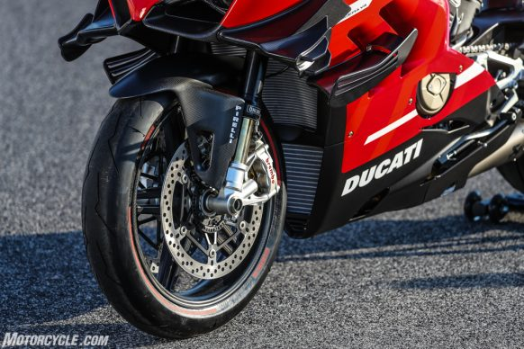 072420-2020-Ducati-Superleggera-V4-01