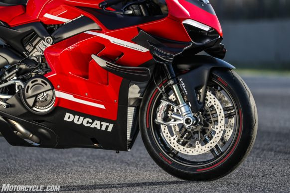 072420-2020-Ducati-Superleggera-V4-07-2