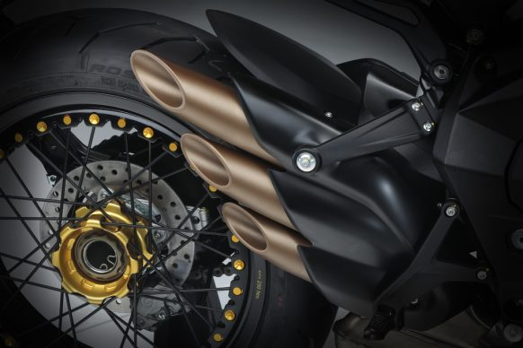 Dragster 800 RR SCS black_yellow detail 1