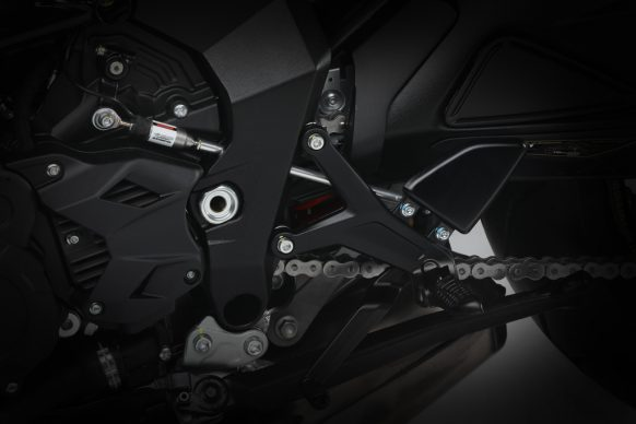 Dragster 800 RR SCS black_yellow detail 2