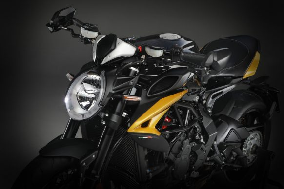 Dragster 800 RR SCS black_yellow detail 4
