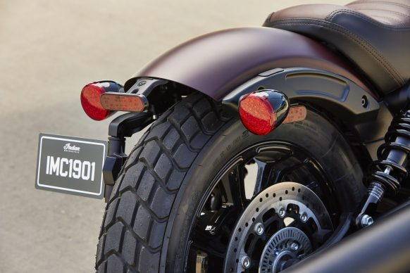 091520-2021-Indian_scout-bobber-maroon-metallic-smoke-0025