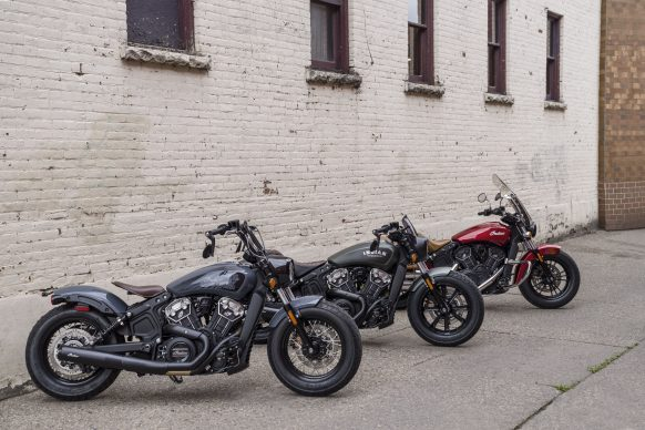 091520-2021-Indian_sgt_bobber_twenty_stealth_gray_03794