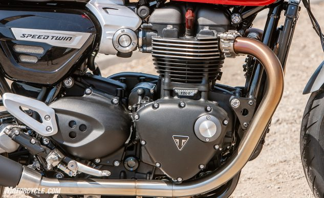 091620-Retro-Roadster-Twins-Triumph-Speed-Twin_EBB6988