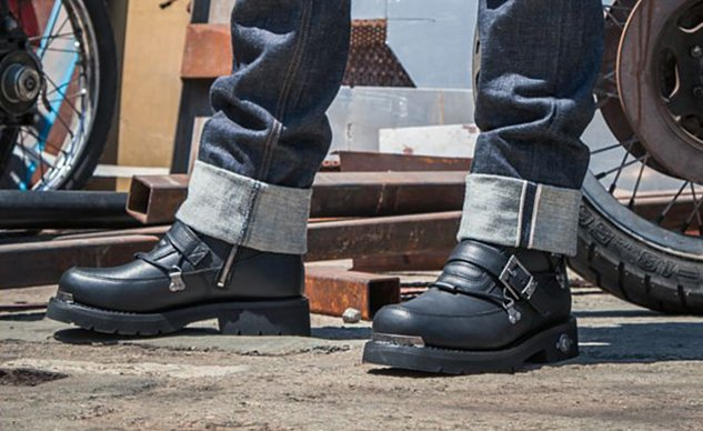 101520-best-boots-for-cruisers-harley-davidson-distortion-f