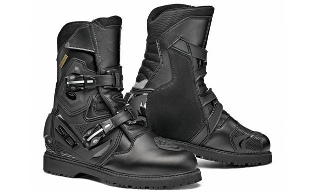 101520-best-boots-for-cruisers-sidi-adventure-2-gore