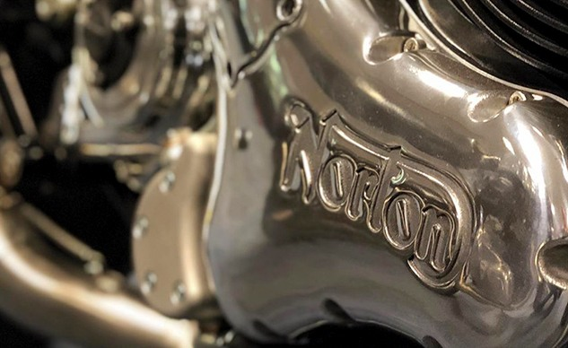 102820-norton-dominator-engine-f