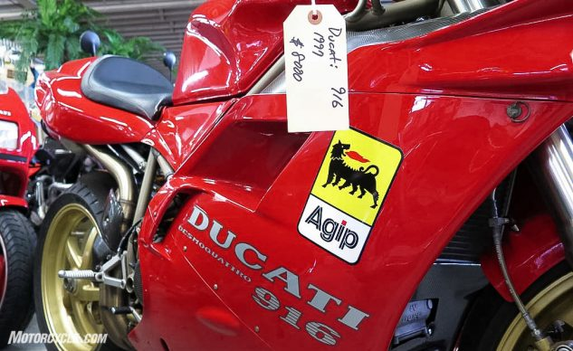 111020-Best-Time-To-Buy-A-Motorcycle121814-top-10-garage-company-05-ducati-916
