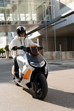 111120-BMW-definition-CE-04-electric-scooter-concept-P90406785