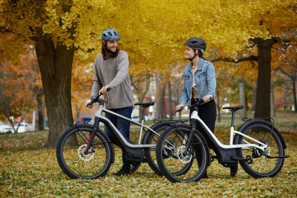111620-harley-davidson-electric-bicycle-serial-1-RUSH_CTY_Action_Walk