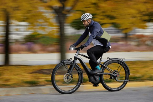 111620-harley-davidson-electric-bicycle-serial-1-RUSH_CTY_SPEED_Action_ProfileLeft