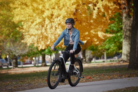 111620-harley-davidson-electric-bicycle-serial-1-RUSH_CTY_STEPTHRU_Action_Park