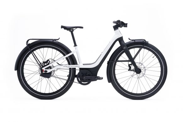 111620-harley-davidson-electric-bicycle-serial-1-RUSH_CTY_STEP_THRU_White_Right