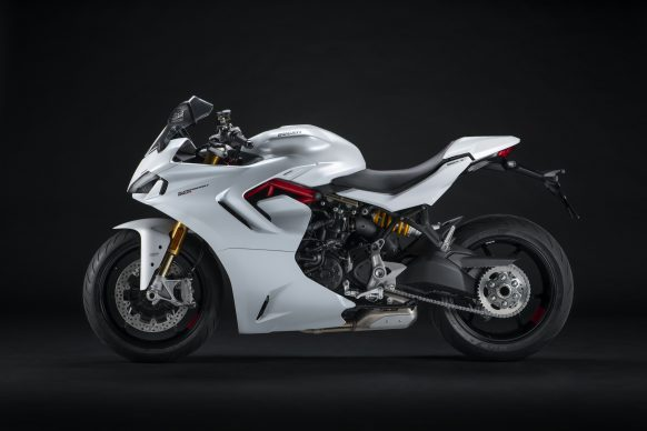 111820-2021-DUCATI_SUPERSPORT_950_S_29__UC211026_High