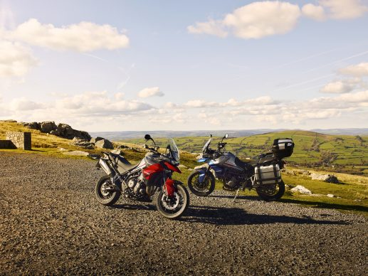 Tiger 850 Sport – Hero and Accessories Static 1