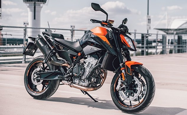 361953_MY21 KTM 890 DUKE_ Static_feature
