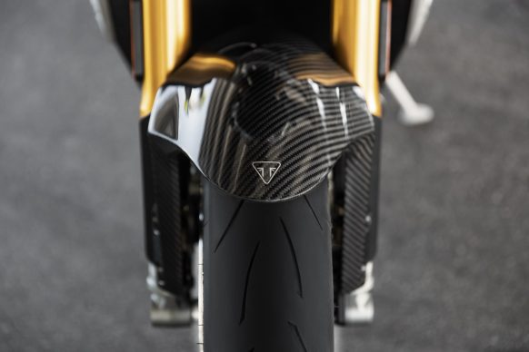 Speed Triple 1200 RS – Carbon Front Mudguard