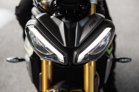 Speed Triple 1200 RS – Headlights Front