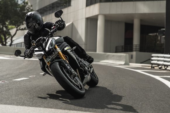 Speed Triple 1200 RS – Hero Riding 14