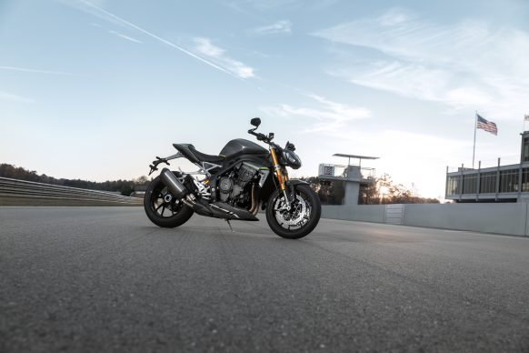 Speed Triple 1200 RS – Hero Static 3