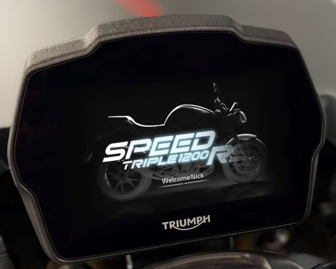 Speed Triple 1200 RS Instruments – Start Up Screen